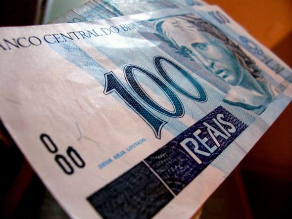 size_590_dinheiro-2-600