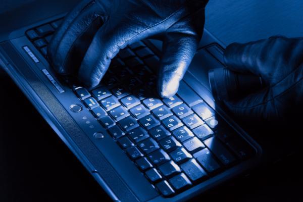 hacker teclado luva notebook